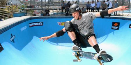 Skateboarding spencer hawk Spencer Hawk